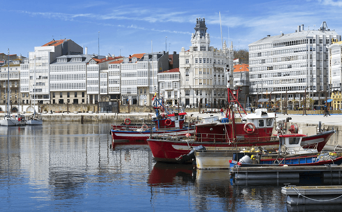 Pasea por el Puerto de A Coruña