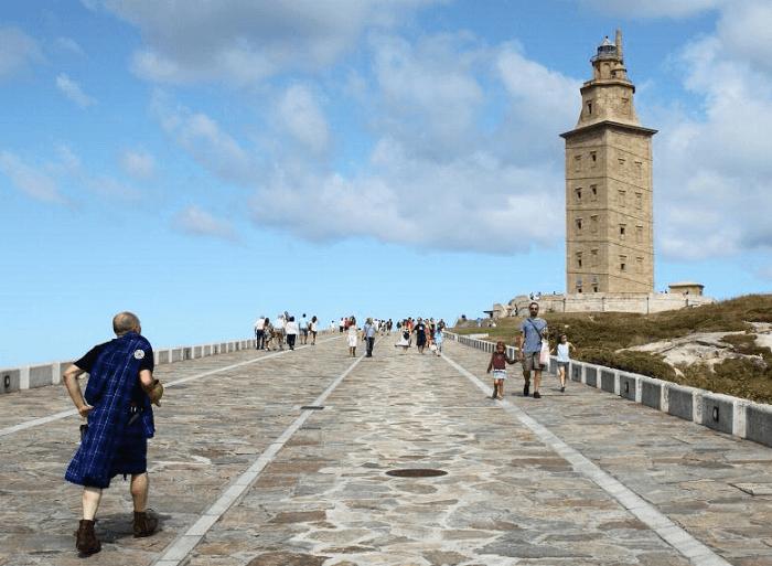 Visita la Torre de Hércules