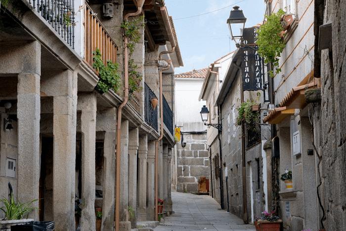 Visitar el centro històrico de Combarro
