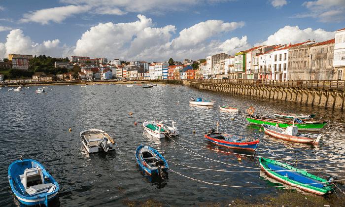 Toma un recorrido en barco por Ferrol
