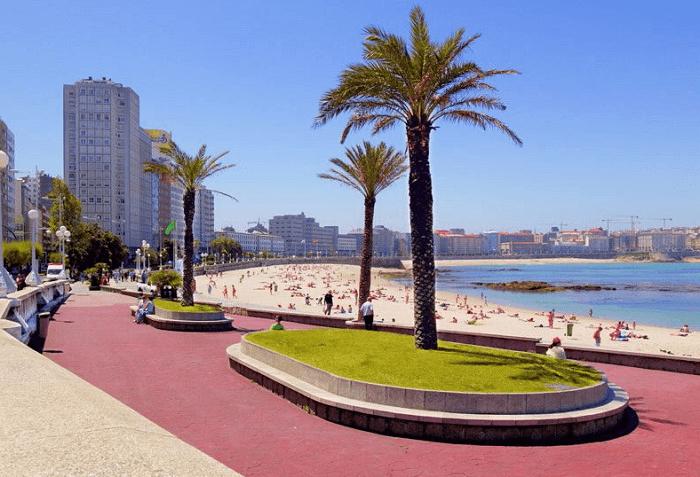 Conoce la Playa Riazor