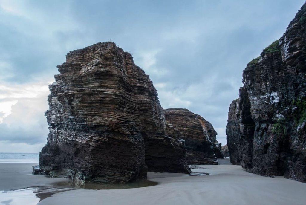 La Playa de las Catedrales, ¿una playa de oro?